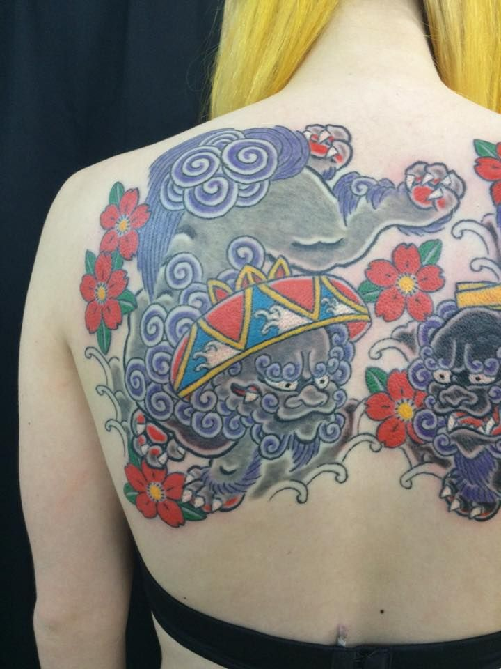 traditional tebori shisa tattoo by horiiso at japanese traditional tattooing in okinawa. Black Bedroom Furniture Sets. Home Design Ideas
