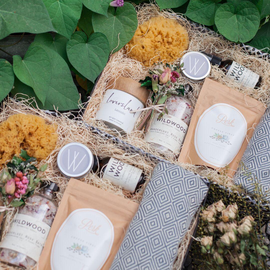 Luxury Wedding Gift Ideas: Luxury Gift Box For Welcome Gifts, Wedding