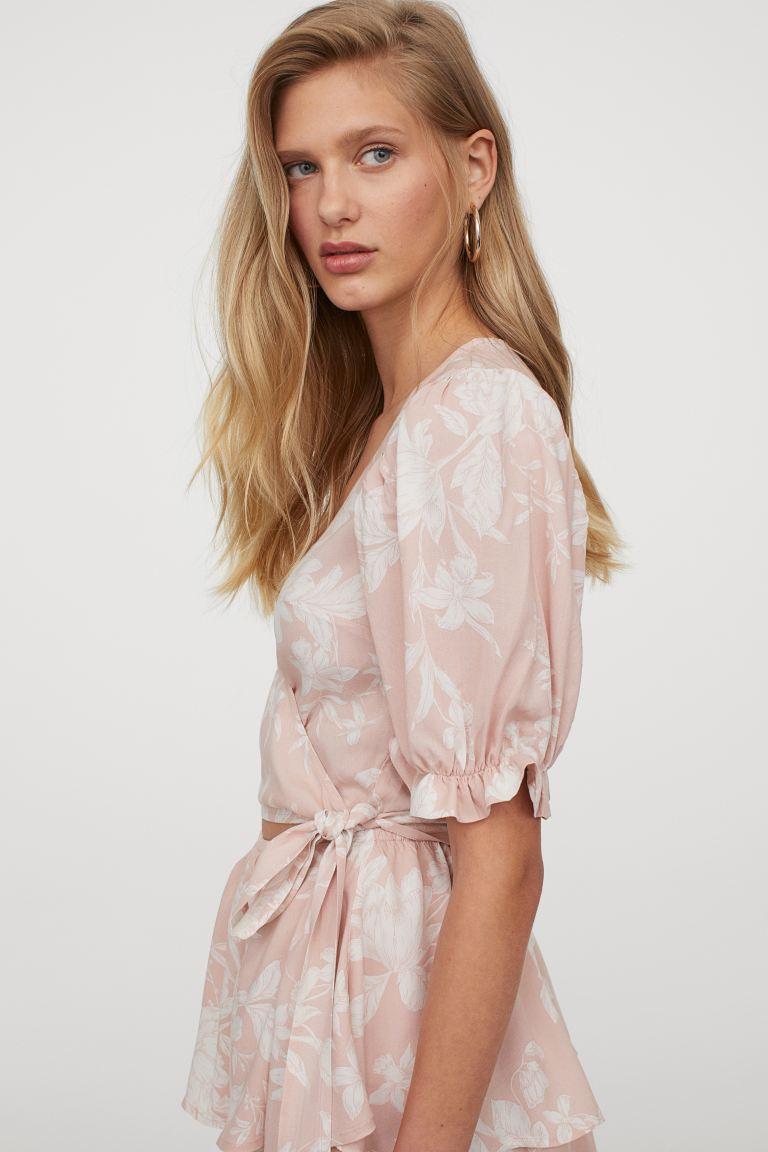 Zweigeteiltes Kleid Pastellrosa Geblumt Ladies H M De In 2020 Zweiteiliges Kleid Kurze Kleider Kleider H M