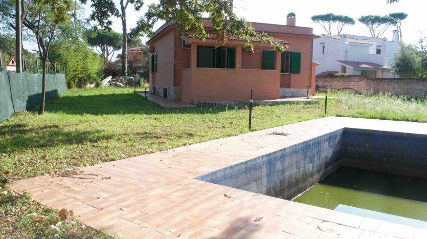 Vendita Villa Con Piscina Lavinio Villa Con Piscina In Vendita A