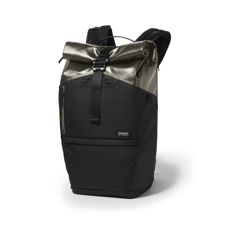oakley factory store  Oakley Factory Pilot Backpack 25L in DARK BRUSH