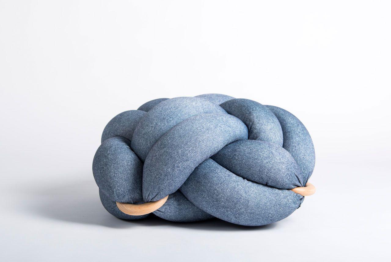 (L) Light denim knot floor cushion