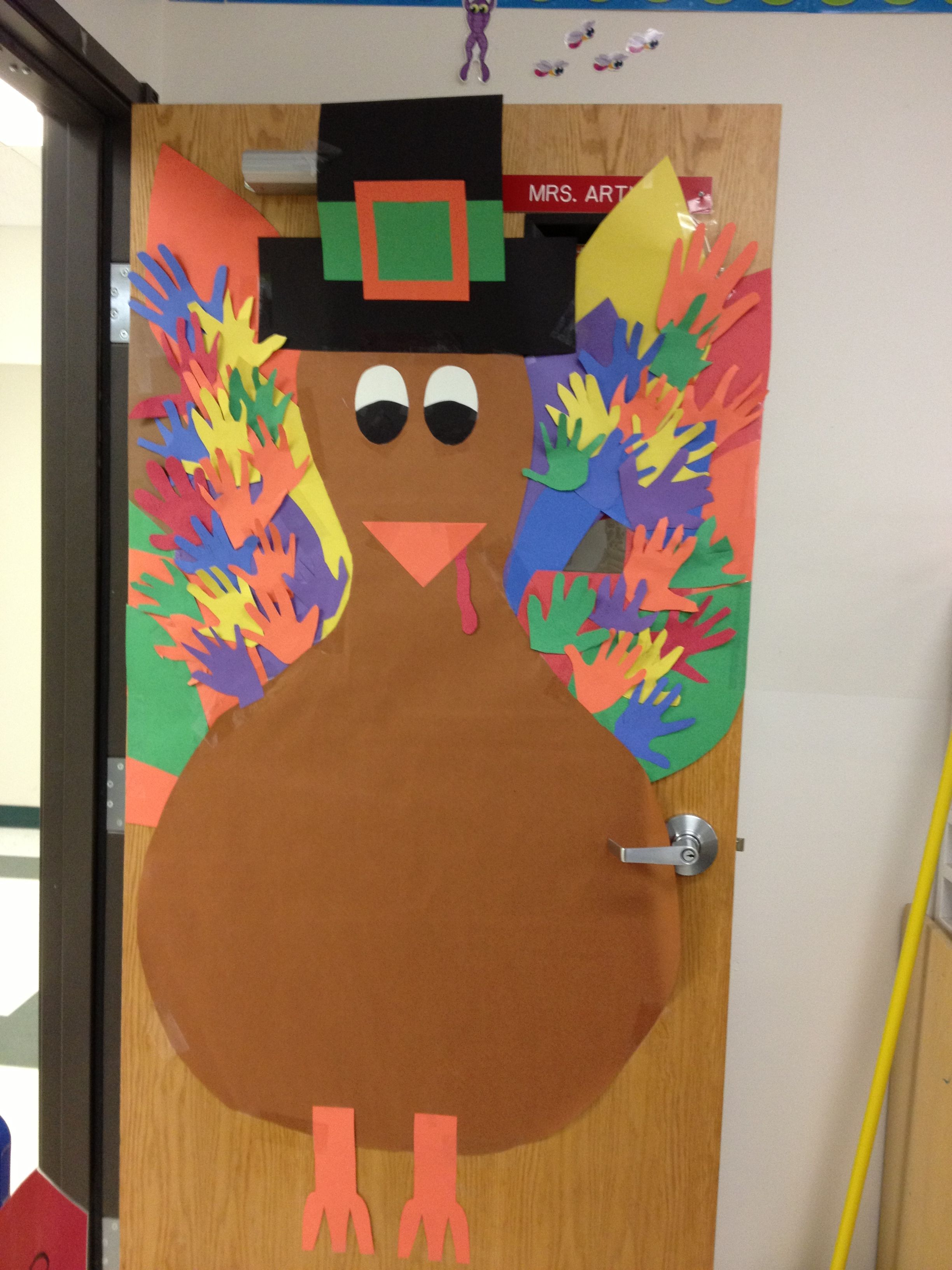 Fall decorations for classroom - Classroom Door Decor Thanksgiving And I Would Add The Handprints With Books The Kids Have