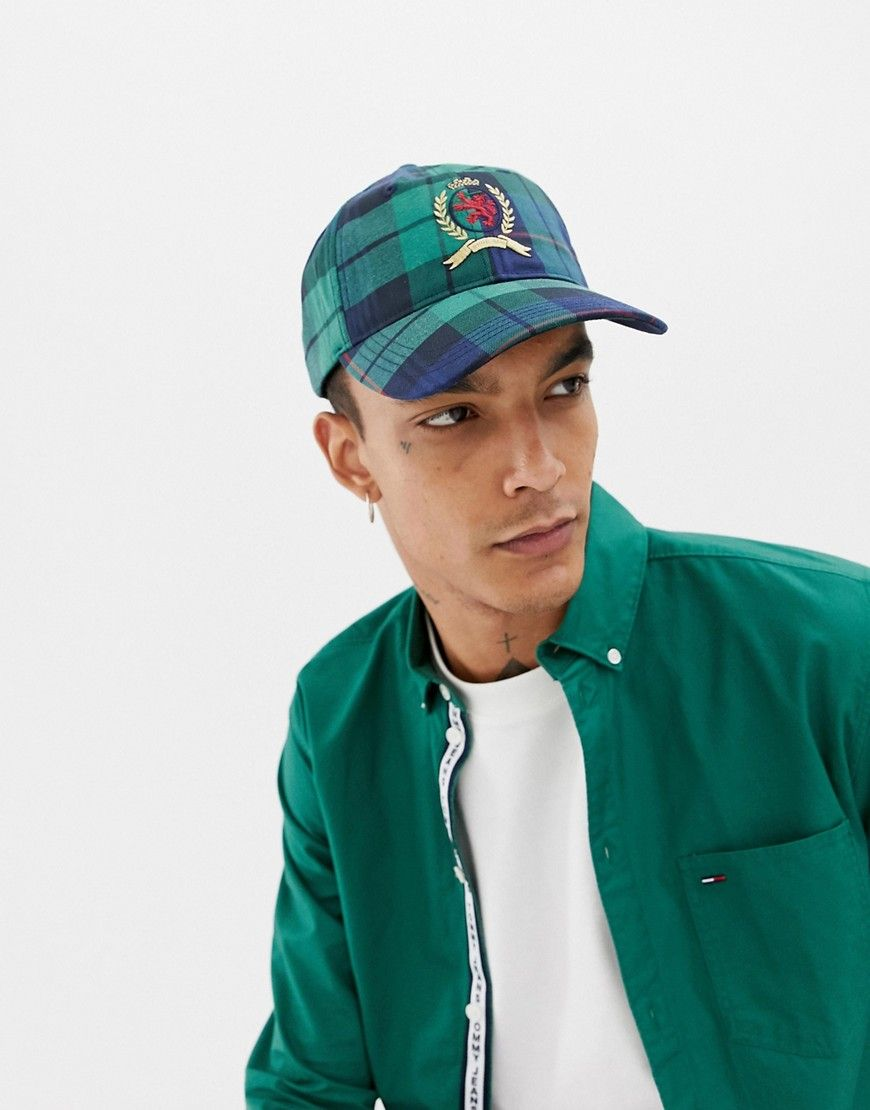 d2d7c0a140b68 TOMMY JEANS 6.0 LIMITED CAPSULE BASEBALL CAP WITH CREST LOGO IN PLAID CHECK  - NAVY.  tommyjeans