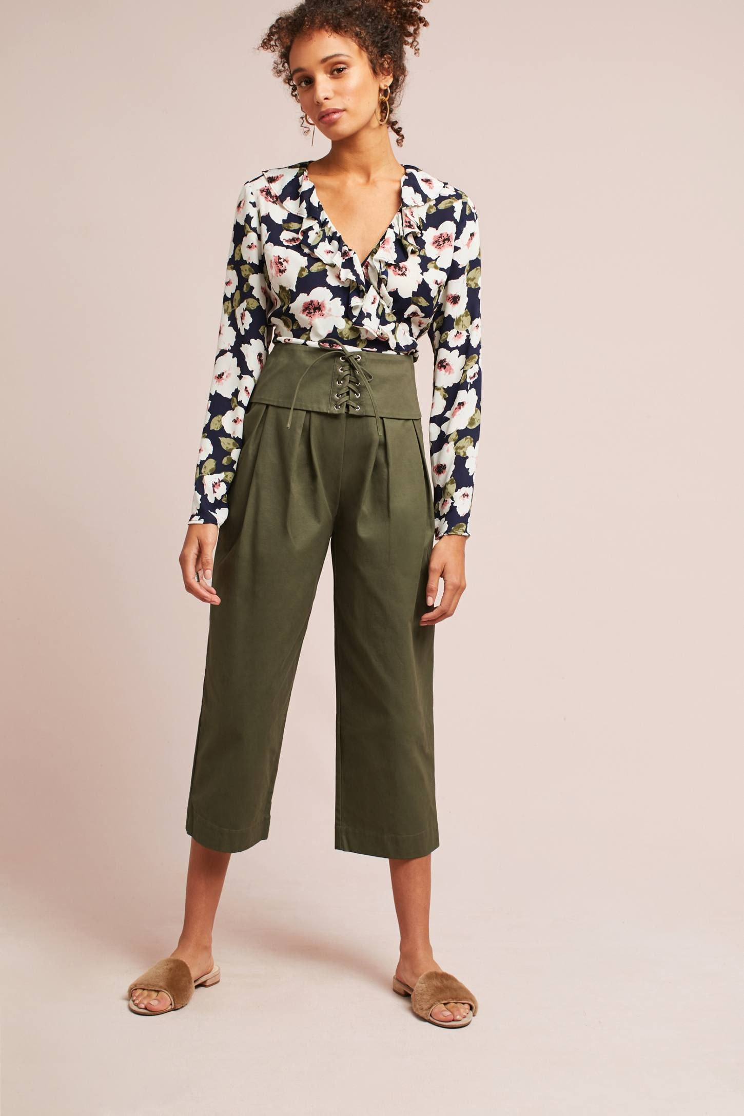 Shop the Corseted Wide-Leg Pants and more Anthropologie at Anthropologie today. Read customer reviews, discover product details and more.