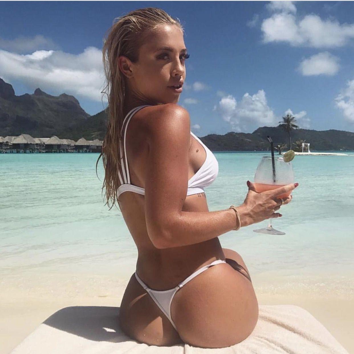 GoalsProbiotics Hembrow Booty Is One Bikinis Fans Tammy J3clKTF1
