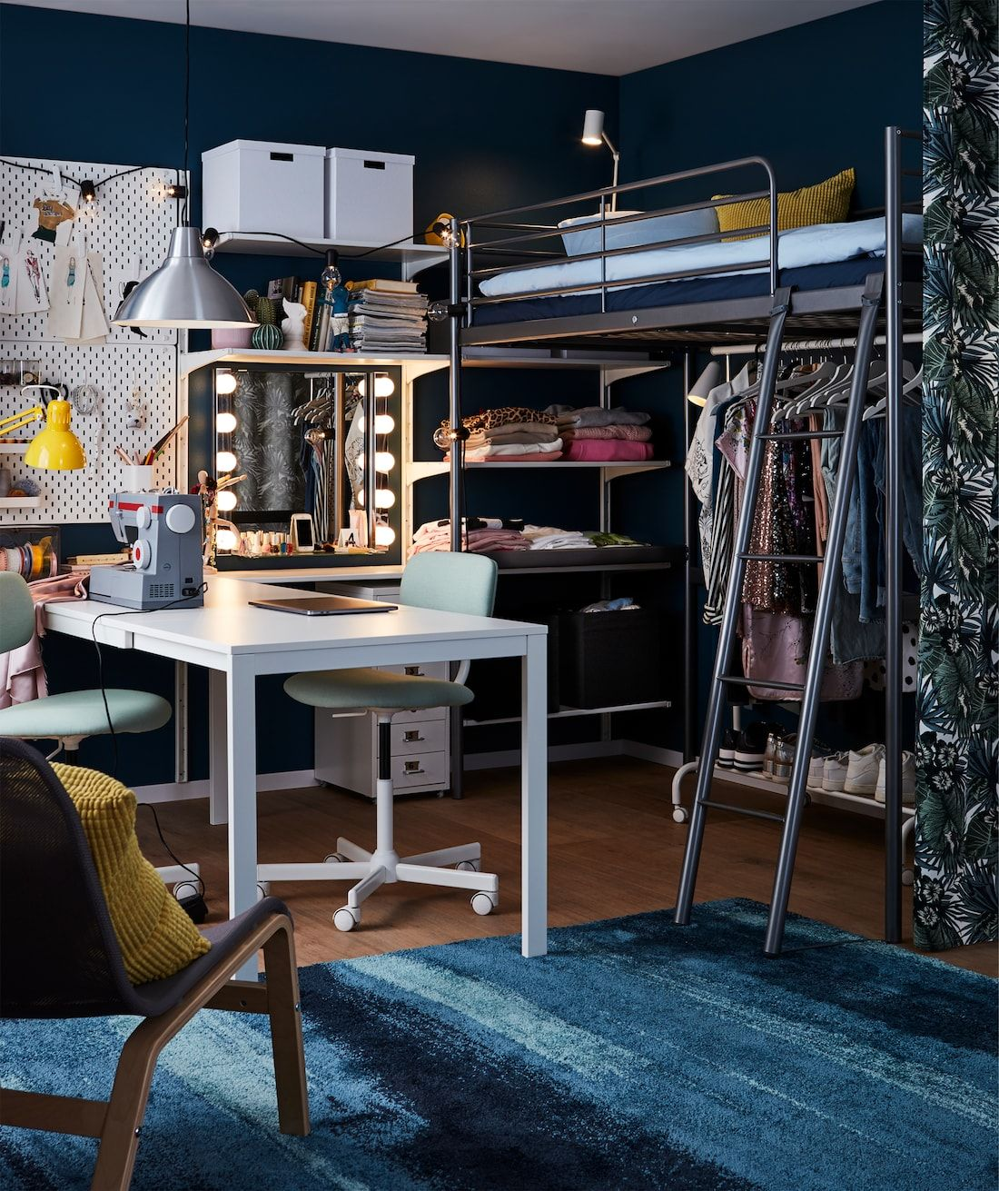 A room for a teenage fashionista in 2019 Bedroom