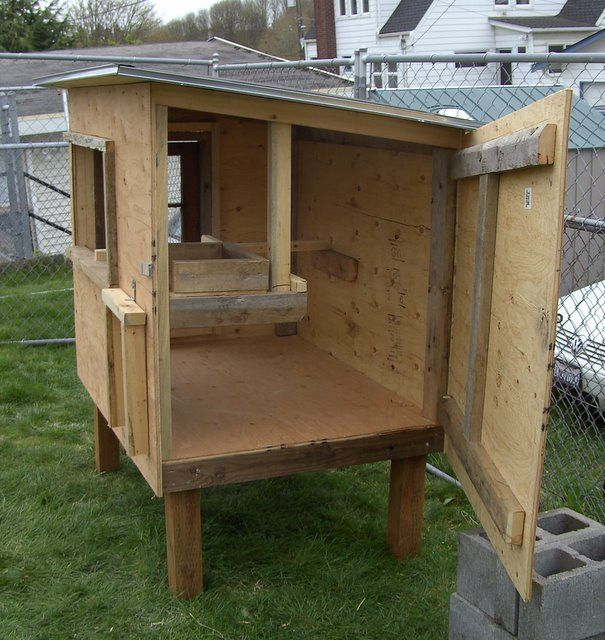 chicken coop door design