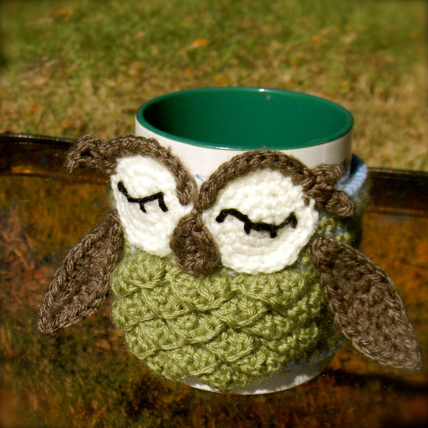 Owl Coffee Cozy Green - Other colors available. $15.00, via Etsy.