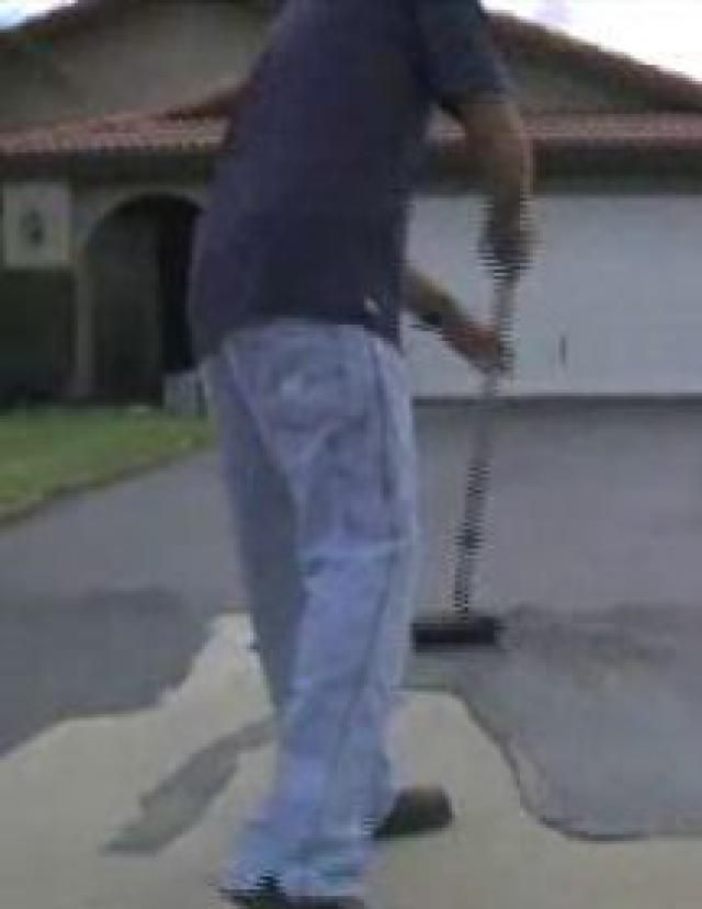 Fix your old cracked driveway with recycled rubber driveways hyperseal rubber driveway coating solutioingenieria Choice Image