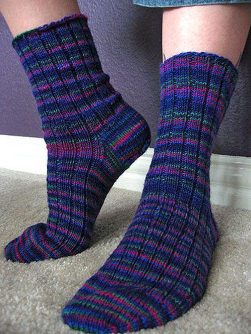 Basic Ribbed Socks Free Pattern Knitt And Crochet Pinterest