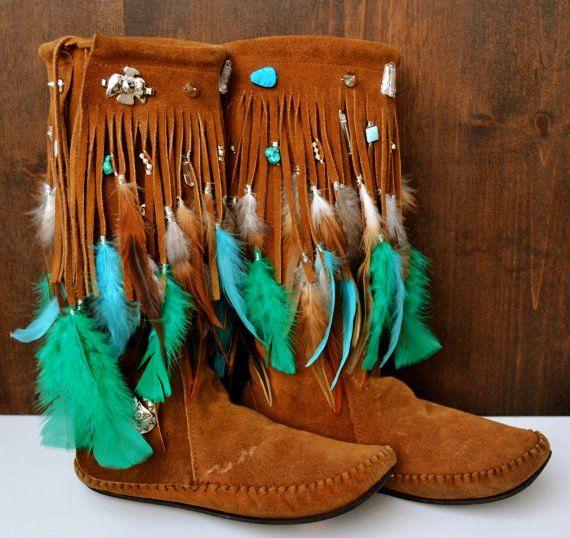 da7c77566cfb2 Tall Fringe Moccasin Boots for Girls - Women Fringe Moccasin Boots ...