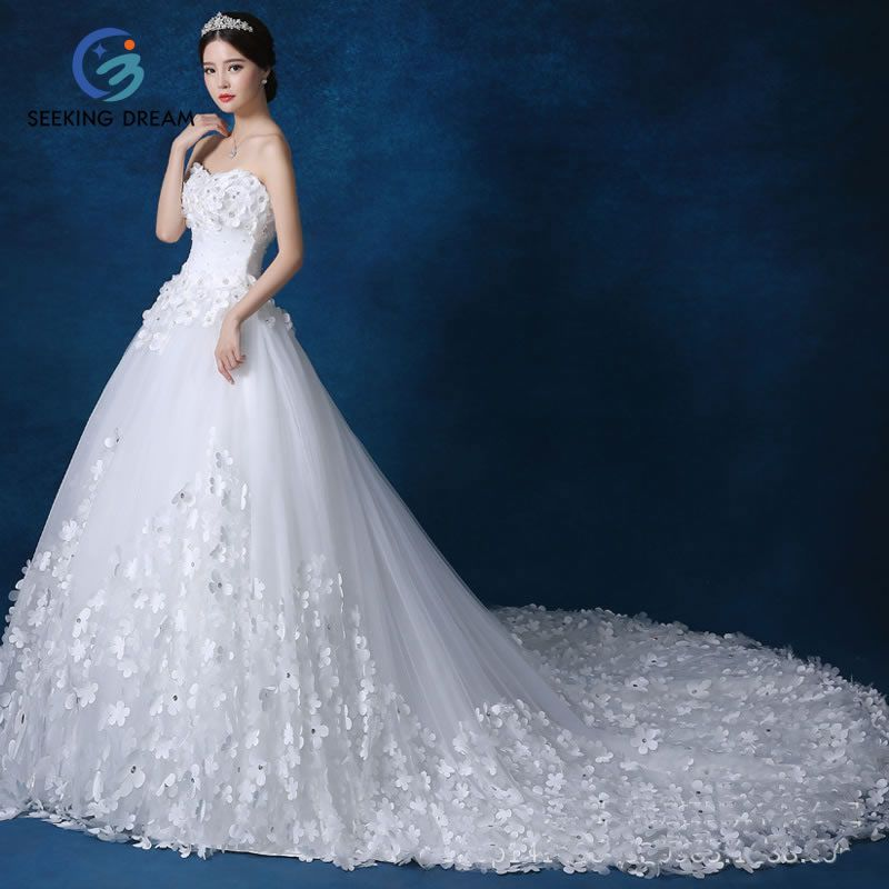 2017 Newest White/Red/Champagne High-end Wedding Dress Ball Gown ...