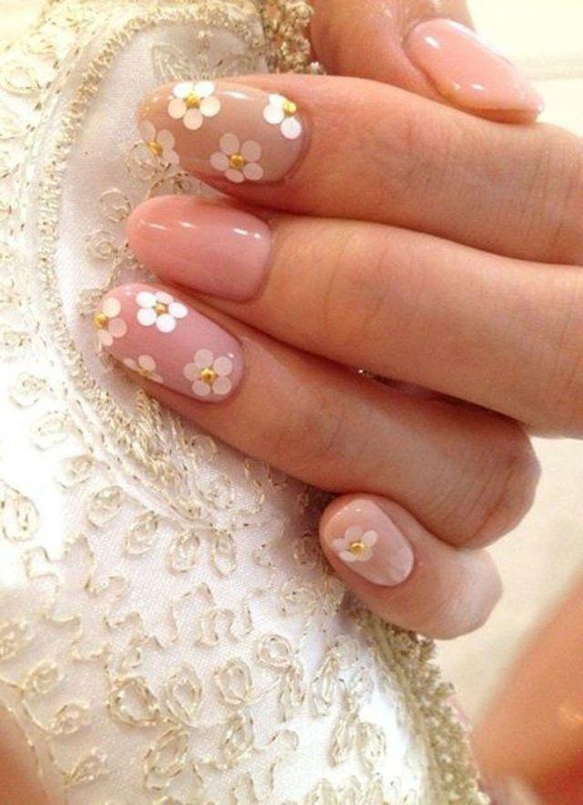 21 Beautiful Bridal Nail Art Design Ideas Originals Bridal Nail