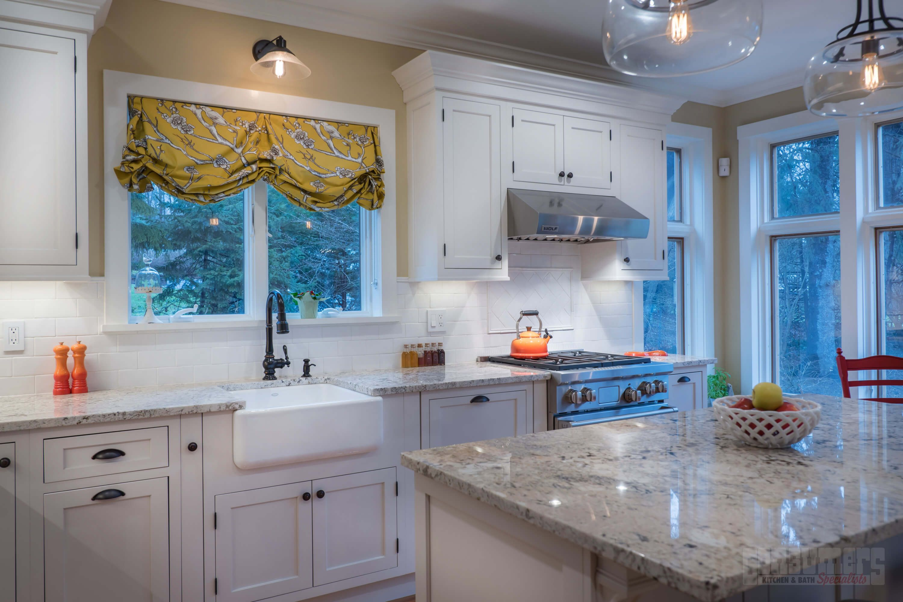 Pin By Consumers Kitchens Baths On Stylish In Huntington Maple