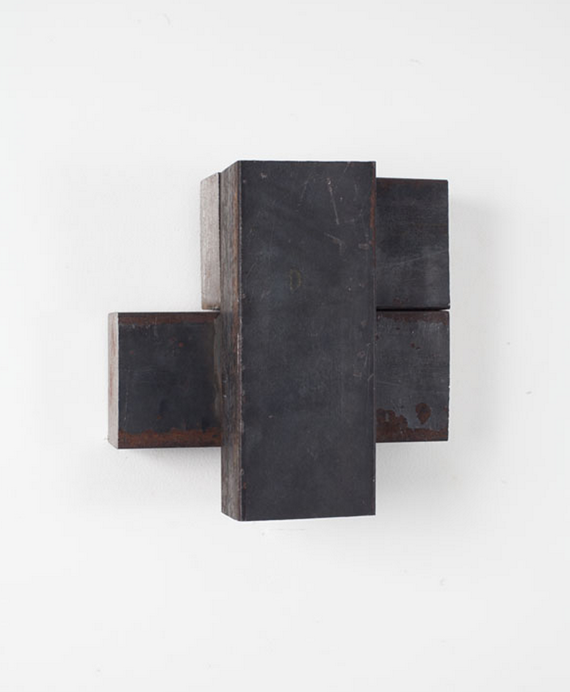Untitled (from the Cherrytree Split Series), 2011 Cherry wood 11.5 x 11 x 6.5 inches (29.21 x 27.94 x 16.51 cm) Richard Nonas Untitled, 2012 Steel 8 x 9 x 4 inches (20.32 x 22.86 x 10.16 cm)