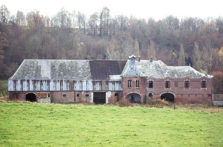 Malzy 02 Puissante Ferme Abandonnee Images De Picardie Chateau France Endroits Abandonnes Le Manoir