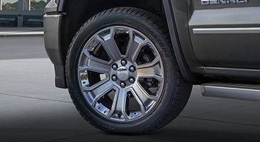 The 2016 Gmc Sierra Denali Ultimate Features 22 Inch Silver Wheels