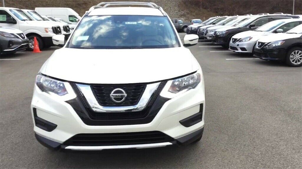 Used 2020 Nissan Rogue Sv Pearl White Nissan Rogue With 0 Available Now 2020 In 2020 Nissan Rogue Nissan Rogue Sv Nissan