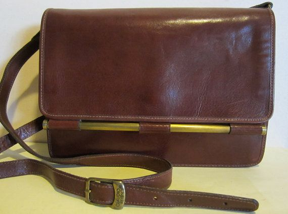 Gorgeous vintage Italian brown leather shoulder bag, Claudio Ferrici, can be worn cross over