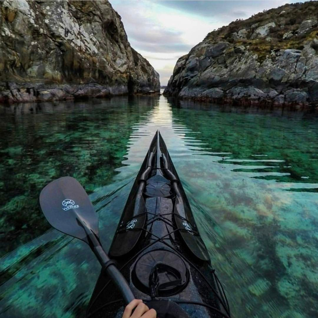 """Mi piace"": 3,663, commenti: 36 - NORWAY  (@norge) su Instagram: ""Kayaking in shallow waters in Sotra  #Norge photo by @tfbergen"""