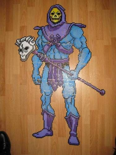 Perler bead Skeletor sprite