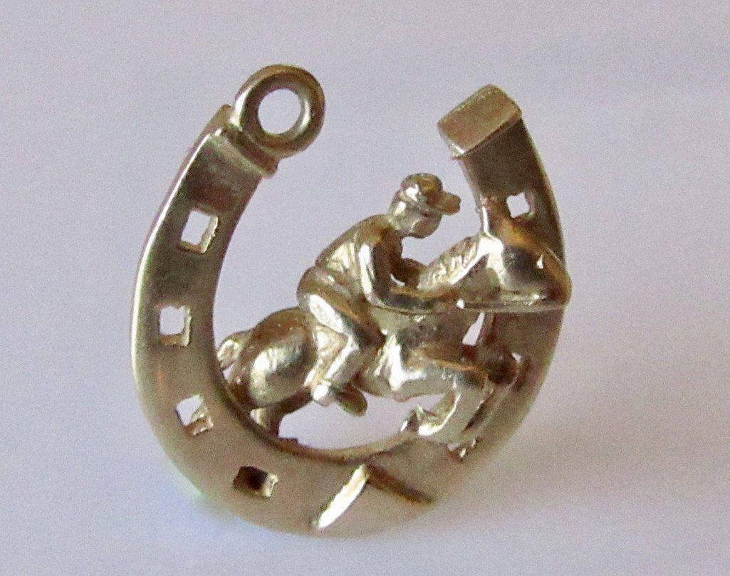 Vintage 1960s 9 ct gold Horseshoe pendant  charm