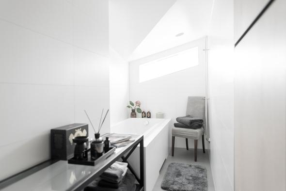 Wonen In Wit : Warm wonen in wit interieur