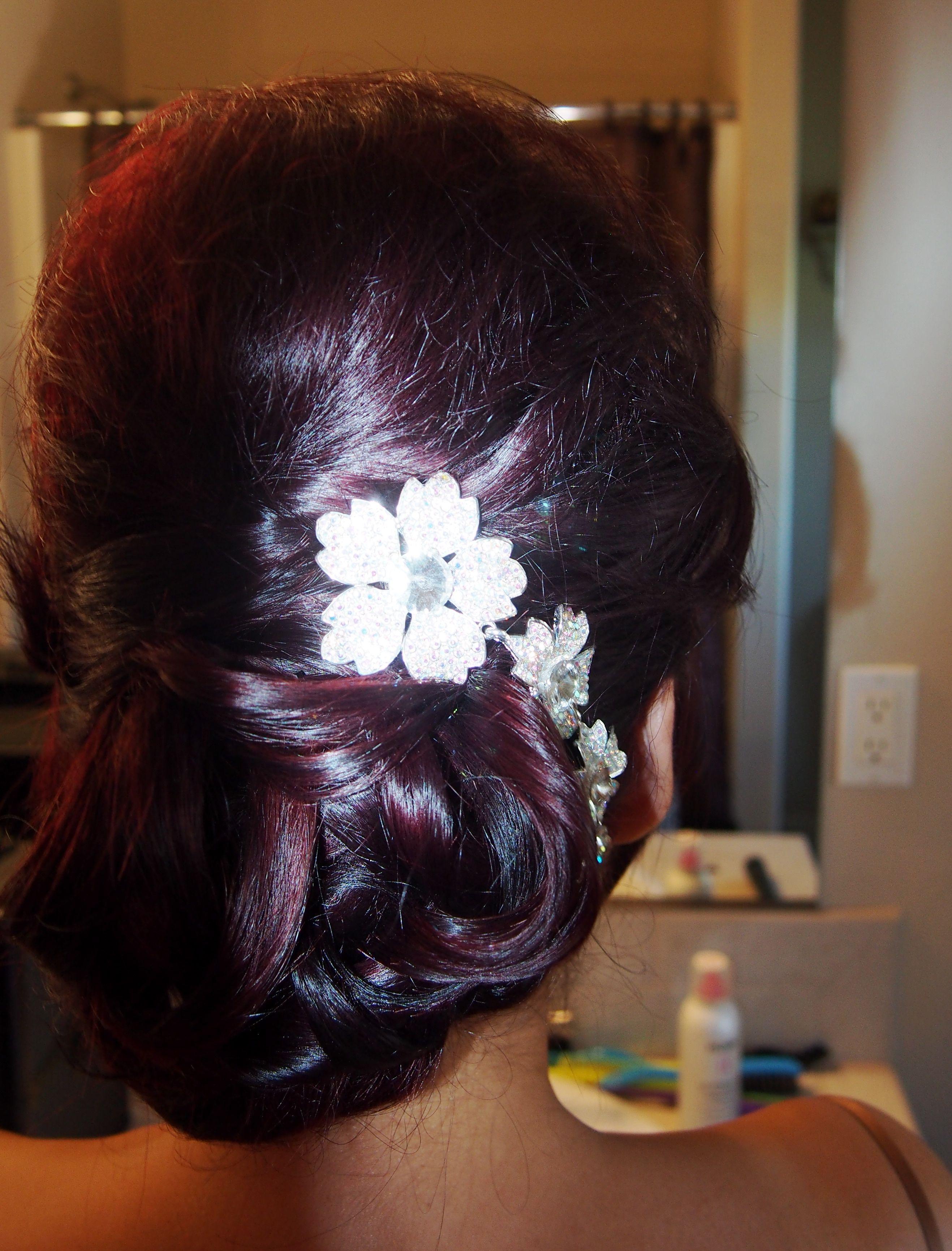 Bridal updo pure elegance by sarahi welton yleseat