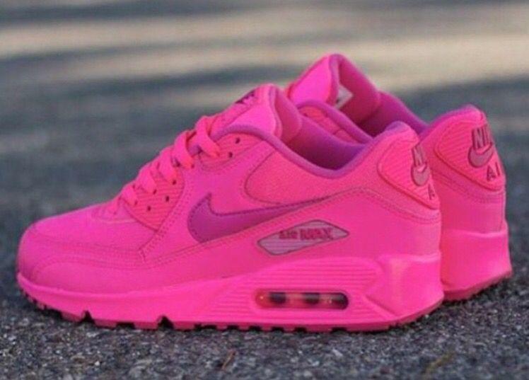 Talons Bas, Chaussures D'enfant, Tout Rose, Jeu De Chaussures, Chaussures  En Ligne, Rose Vif, Nike 90 Air Max, Nike Jordan Air, Courir