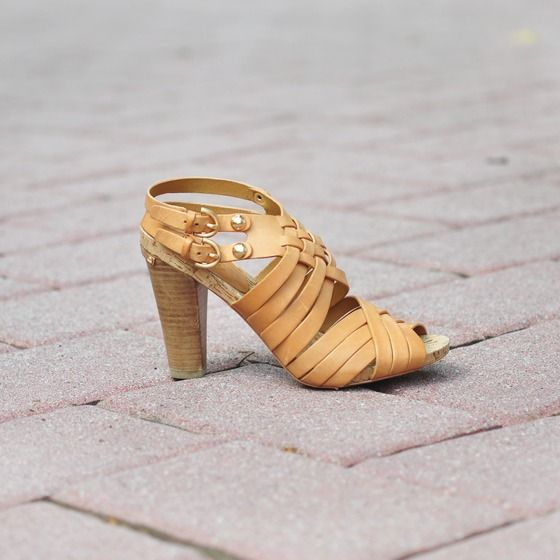 Coach Strappy Sandals / Chunky Heels in Camel Leather | If ...