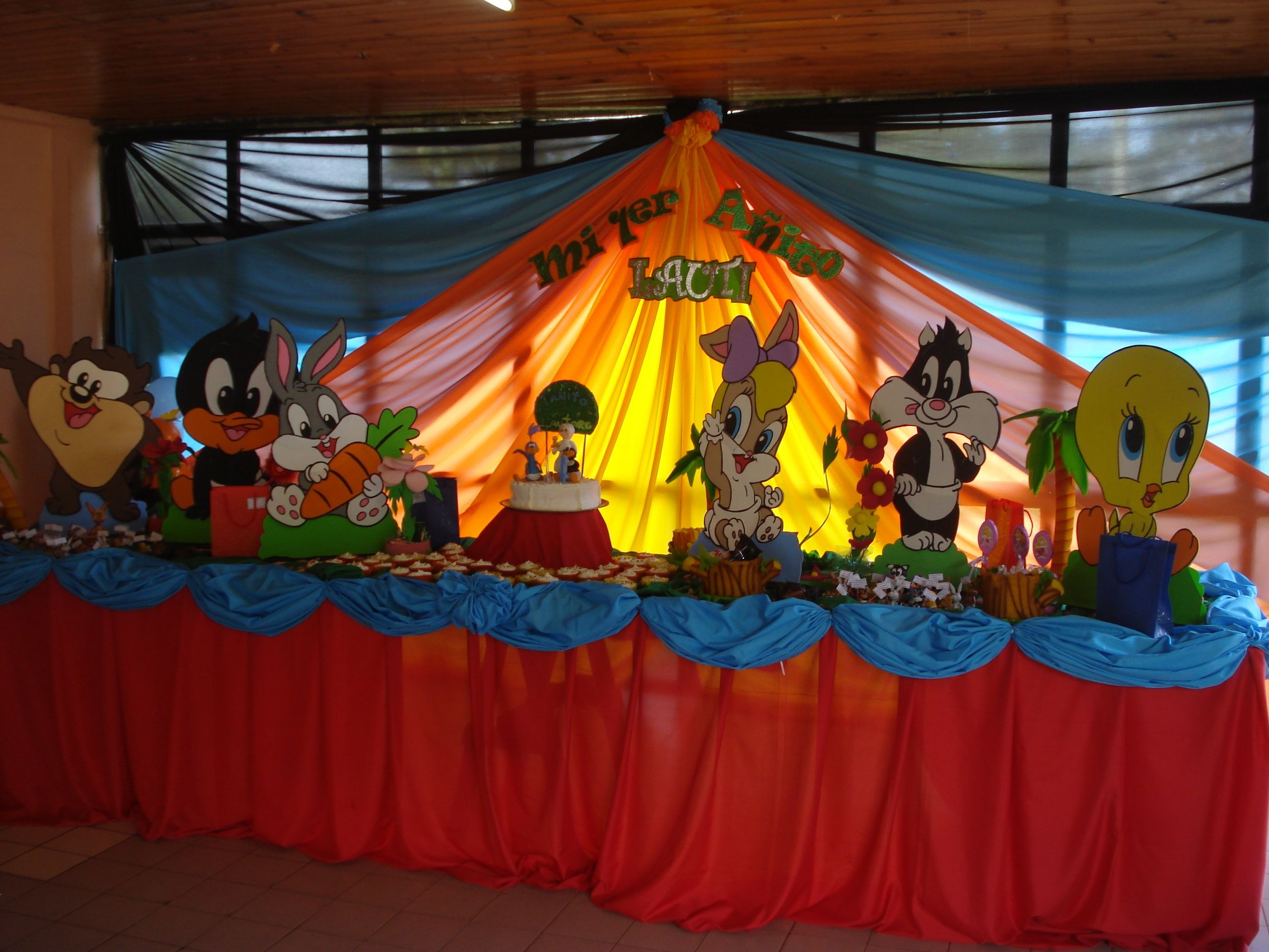 DECORACION DE LOS LOONEY TUNES BB - FIESTAIDEAS. | Looney Tunes ...