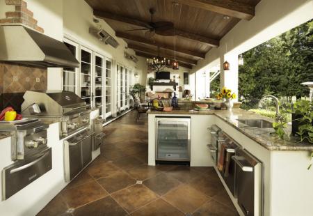 15 Fantastycznych Letnich Kuchni W Ogrodzie Lub Na Tarasie Covered Outdoor Kitchens Kitchen Design Outdoor Kitchen Appliances