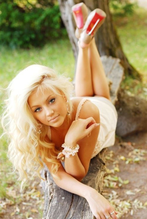 Woman babe outdoor blonde