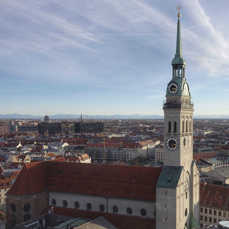 Munich Germany Munchen Deutschland Angerviertel St Peter Kirche In 2020 Kirchen Wallfahrt Kathedrale