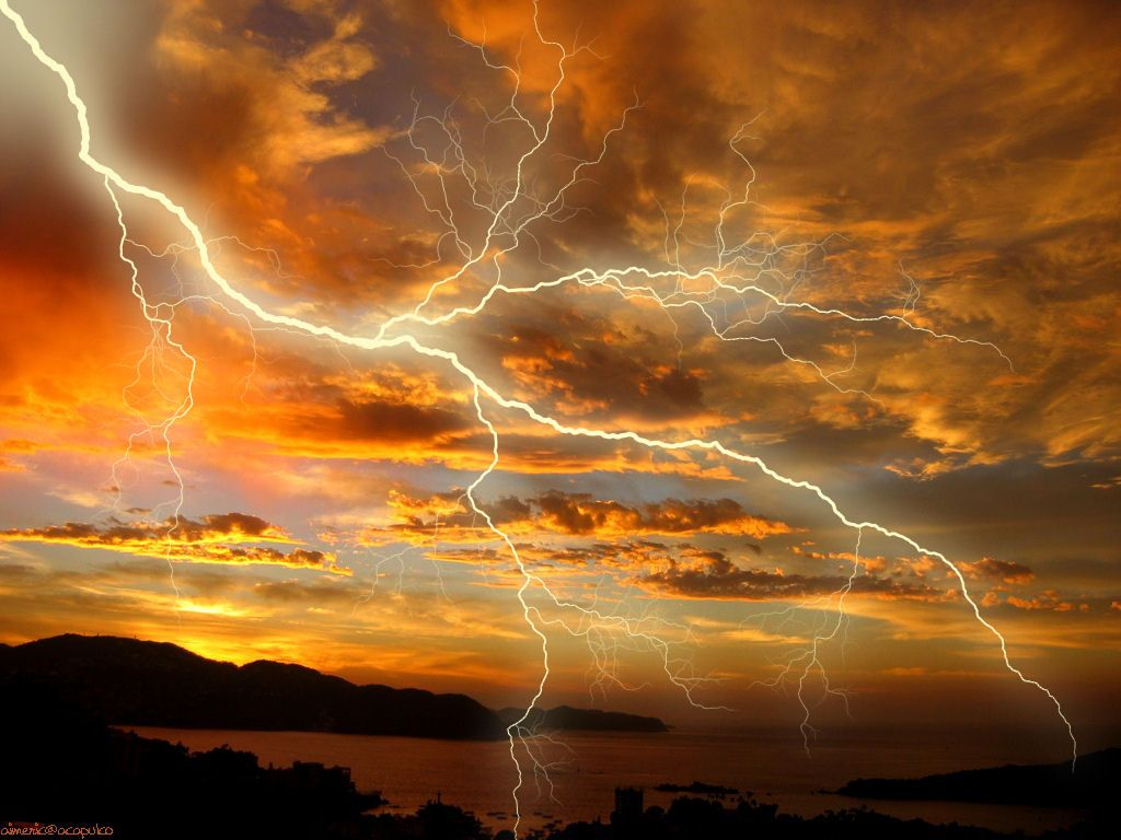 storms brew thunder lightning picture and wallpaper