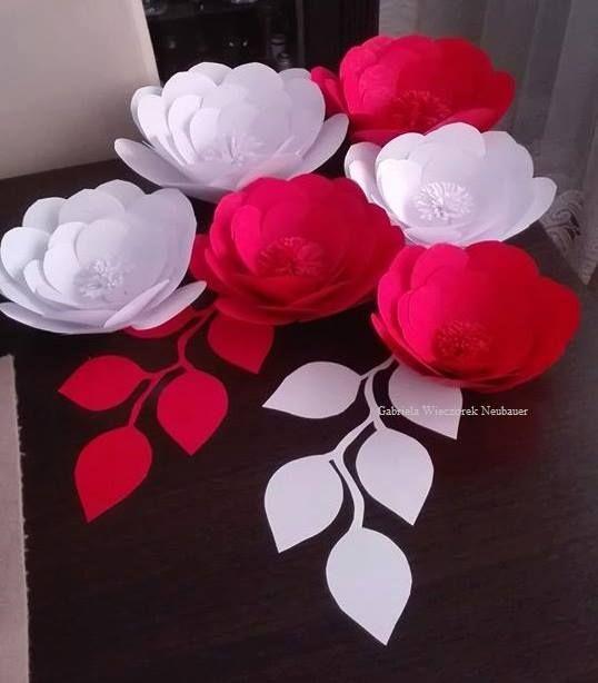 Pin By Ewelina Belica On Ojczyzna Paper Flowers Diy Handmade Flowers Paper Paper Flower Template