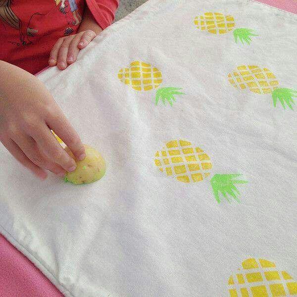 stamps kids craft and game pinterest basteln stempel und basteln mit kindern. Black Bedroom Furniture Sets. Home Design Ideas