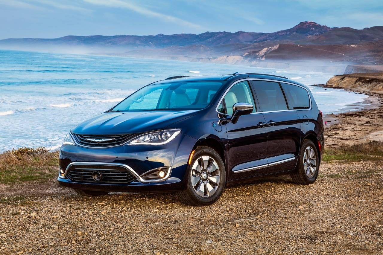 2017 Chrysler Pacifica Colors Release Date Redesign Price Cfa Is Yet Again Demonstrated That The Prinl Inventor In Minivan Sector