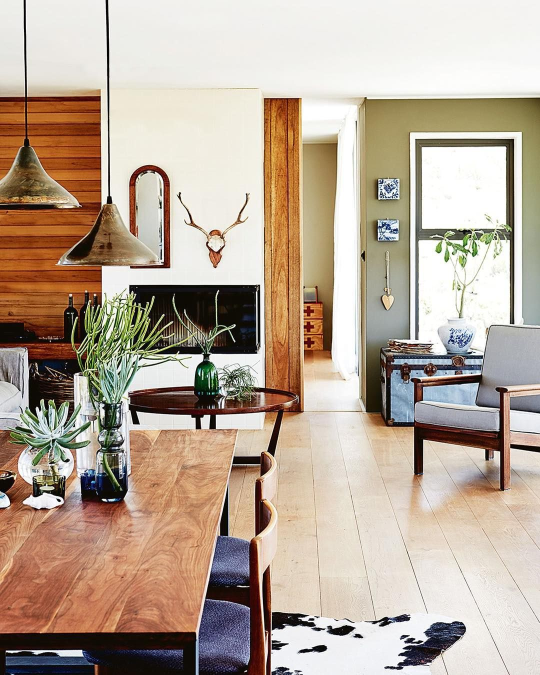 likes comments inside out insideoutmag on instagram   also house tour  wonderfully wild  whimsical charleston home living rh za pinterest