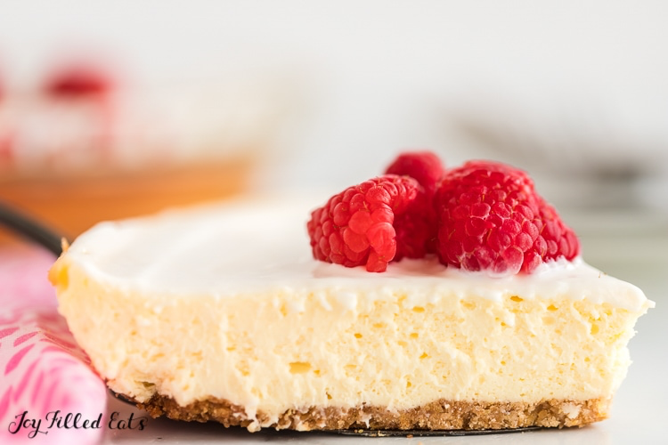 Lemon Cheesecake With Sour Cream Topping Keto Low Carb Sugar Free Gluten Free Grain Free Thm Lemon Desserts Sour Cream Cheesecake Easy Lemon Cheesecake
