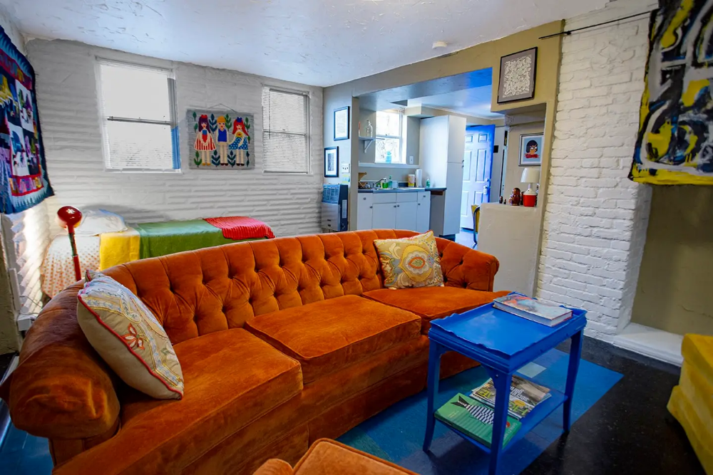 Rooty S Retro Apartments For Rent In Pittsburgh Retro Apartment Apartments For Rent Home