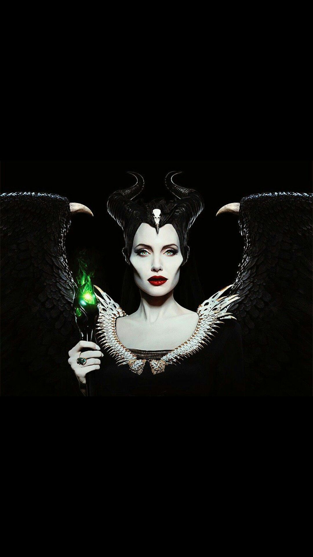 Pin By Ashley Bennett On Disney Wallpapers Angelina Jolie Maleficent Disney Maleficent Maleficent Costume