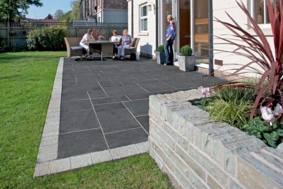 Exceptional Marshalls Aluri Limestone Riven Charcoal 560 X 275 X Paving Slab   Pack Of  120