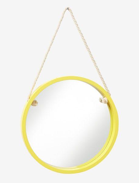 der runde spiegel f r kinder bringt mit seiner leuchtenden farbe frischen wind an die wand mit. Black Bedroom Furniture Sets. Home Design Ideas