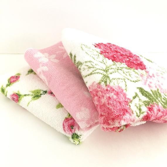 Vintage Towels Pink Roses Floral Assorted Set Of 3 Bath Towels