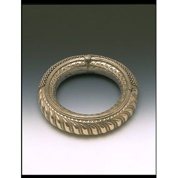 Anklet  Place of origin: Gujarat (made)  Date: c. 1900 (made)  Artist/Maker: Unknown  Materials and Techniques: Cast silver with applied beads