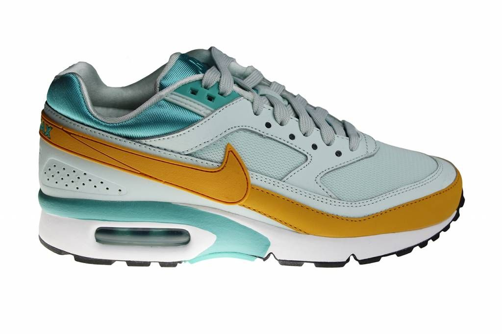 the best attitude a30d7 6e581 Nike Wmns Air Max Classic BW (Green Yellow White) 821956 300 Ladies Shoes