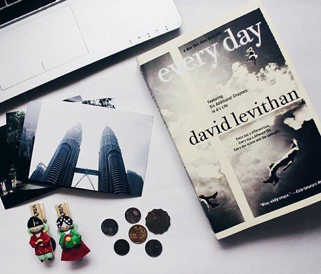Resultado de imagen para every day david levithan bookstagram