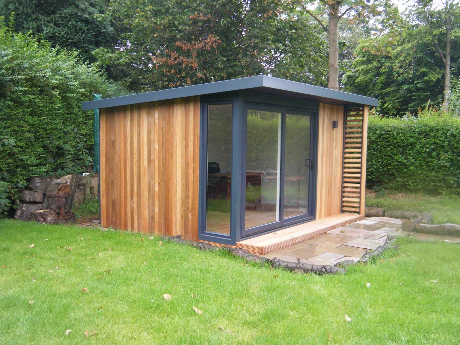 Attractive Shed Office Designs George Clarkes Amazing Spaces Curved Wooden Garden  Office 2017 And Shed Designs Images